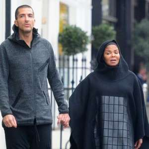Janet Jackson spotted for first time in full Islamic dress since announcing pregnancy
